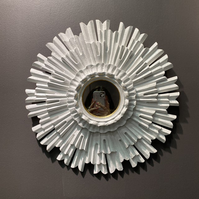 Hollywood Regency Hollywood Regency White Lacquered Sunburst Mirror For Sale - Image 3 of 10