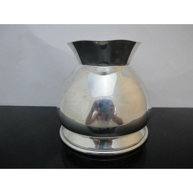 Modernist Brooks Brothers Silver Plate Water Pitcher W1814, England For Sale - Image 4 of 7