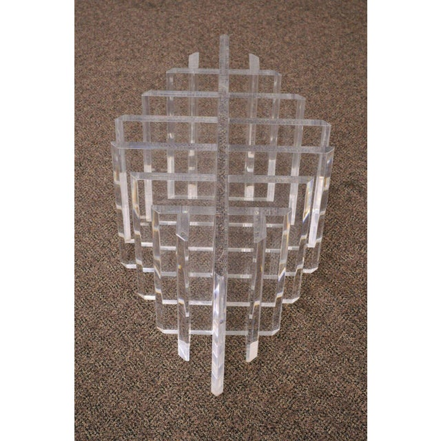 1960s 1960s Mid Century Modern Sculptural Lucite Grid Oval Coffee Table For Sale - Image 5 of 11