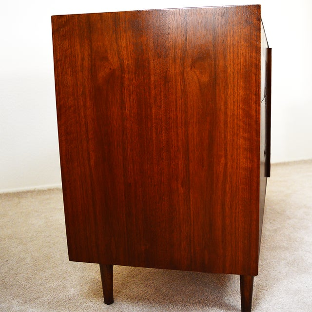 Brown 1960s Mid-Century Modern American of Martinsville Walnut and Aluminum Credenza For Sale - Image 8 of 13