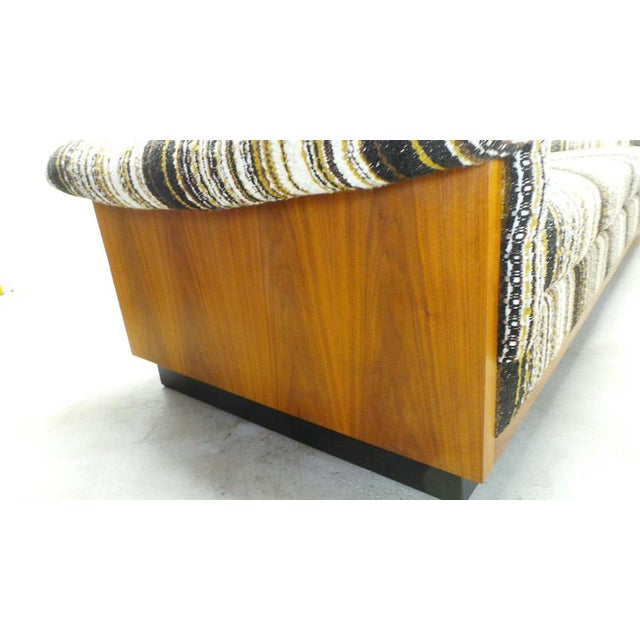 1970s Mid Century Boho Modern Walnut Milo Baughman Style Sofa For Sale - Image 5 of 8