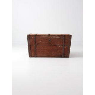 Antique Flat Top Wood Trunk Preview