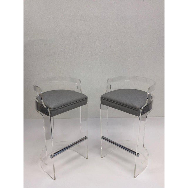 1980s Hill Manufacturing Co. Lucite and Chrome Barstools - a Pair For Sale In Palm Springs - Image 6 of 10