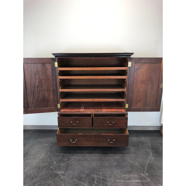 Late 18th Century Antique Late 18th / Early 19th Century Walnut & Mahogany Chippendale Linen Press For Sale - Image 5 of 13