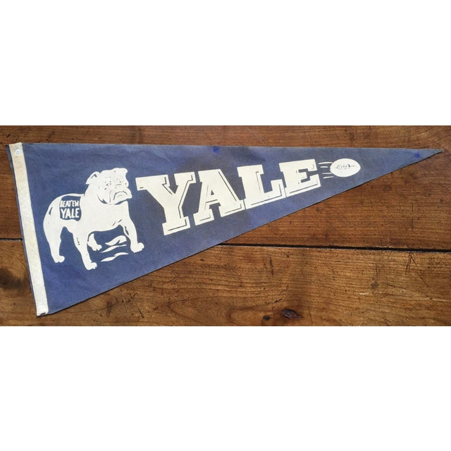 1930s 1930's Yale Football Pennant For Sale - Image 5 of 5