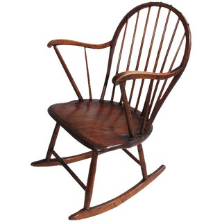 18th Century Extended Arm Windsor Rocking Chair For Sale