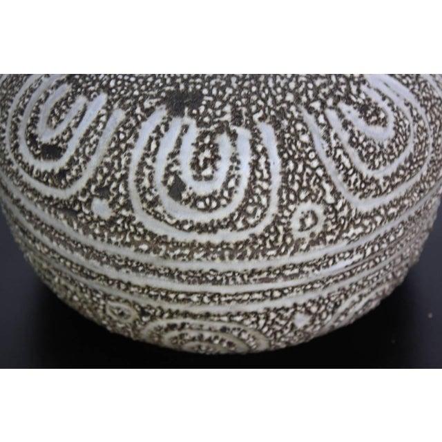 Design Technics Textured Ceramic Table Lamp - Image 3 of 7