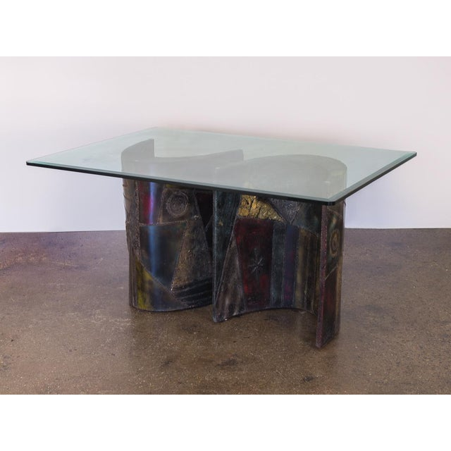 Rare Paul Evans studio PE-24 Pedestal table for Directional. A stunning pair crescent, welded bases that can be...