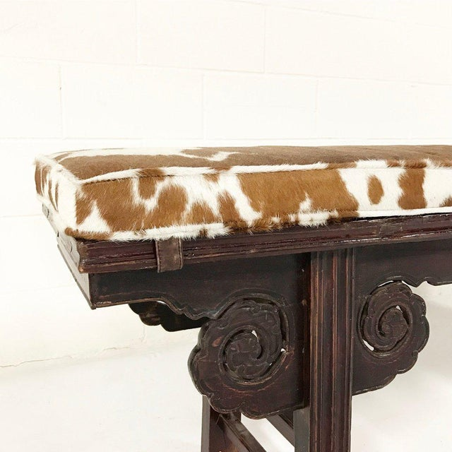 1920s Forsyth One of a Kind Vintage Chinese Carved Bench with Custom Cowhide Cushion For Sale - Image 5 of 10