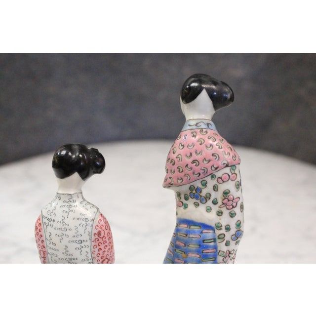 Asian Chinese Porcelain Figurines - a Pair For Sale - Image 3 of 4
