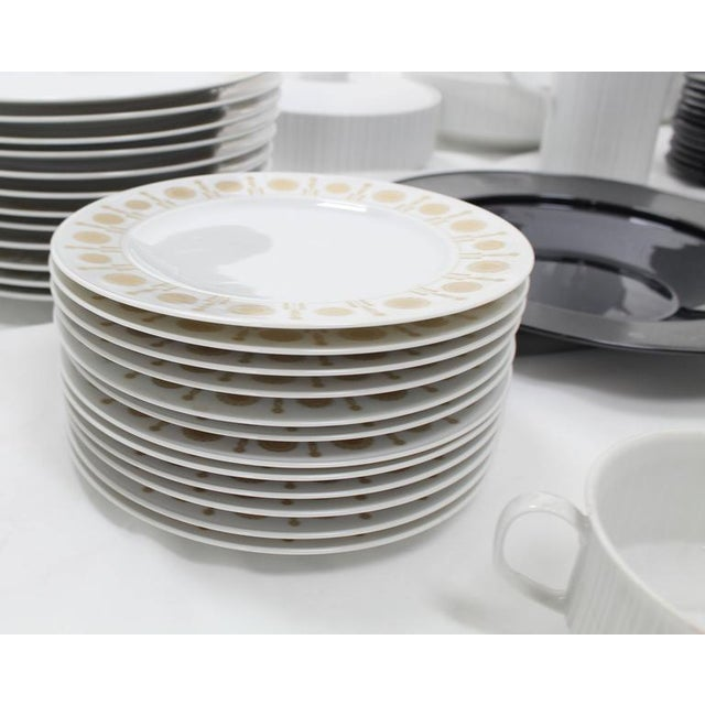 Mid 20th Century Tapio Wirkkala for Rosenthal Dinner Coffee 80 Pieces Set Plates Noire Porcelain For Sale - Image 5 of 10