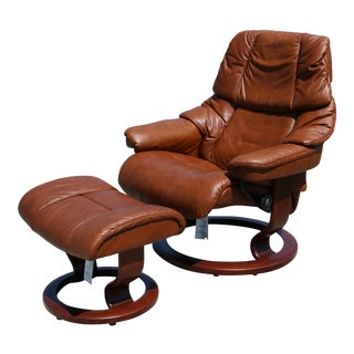 Ekornes Stressless Reno Cognac Leather Recliner and Ottoman For Sale