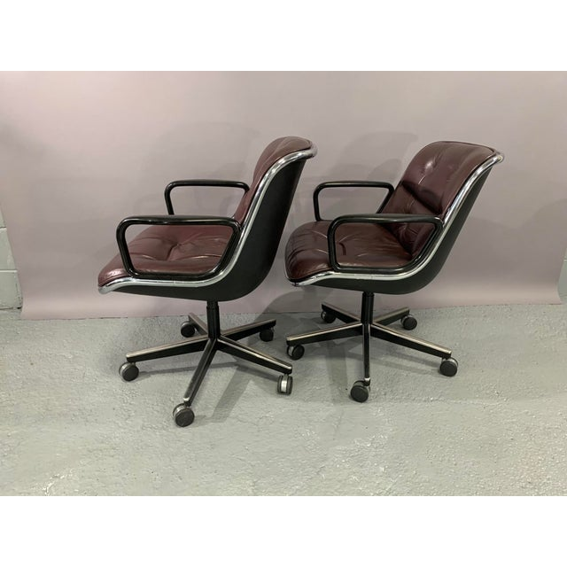 1960s Vintage Charles Pollock for Knoll International Leather Executive Chairs- A Pair For Sale - Image 10 of 13