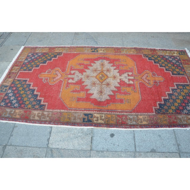 Turkish Bohemian Handwoven Carpet - 4′4″ × 8′5″ For Sale - Image 4 of 6