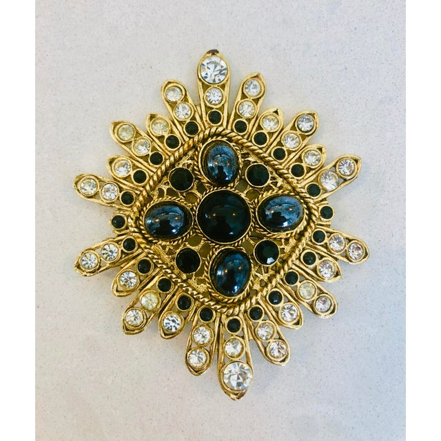 Large Filigree Crystallized Pin For Sale In New York - Image 6 of 6