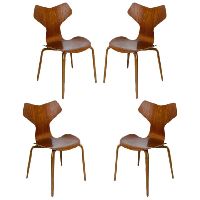 "Set of Four Arne Jacobsen ""Grand Prix"" Chairs For Sale"