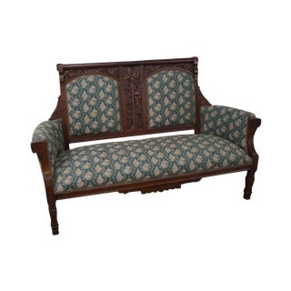 Antique 19th Century Victorian Walnut Aesthetic Settee For Sale