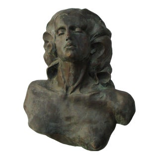20th Century Figurative Bronze Metal Sculpture of Woman For Sale