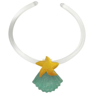Harriet Bauknight for Kaso Lucite Choker Necklace Shell and Starfish For Sale
