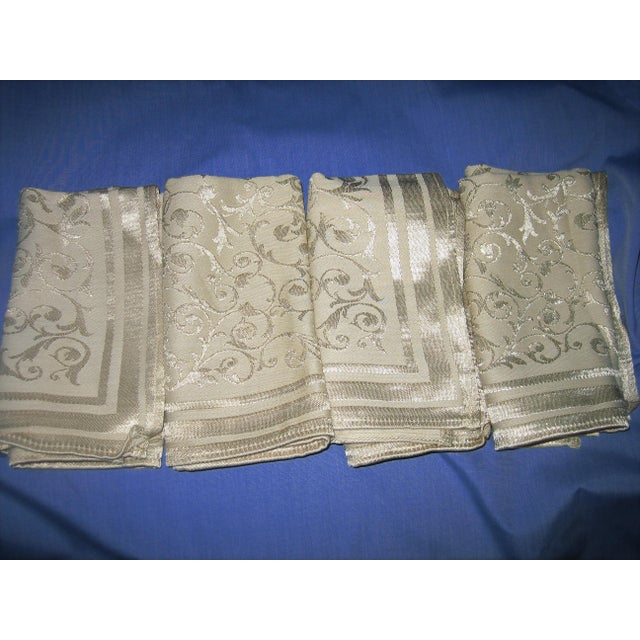 Vintage Floral Damask Napkins - Set of 4 For Sale - Image 5 of 5