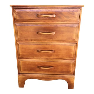 Cushman Colonial Creations Molly Stark Chest of Drawers For Sale