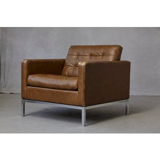 Florence Knoll Tan Leather Button Tufted Lounge Chair, 1970s Preview