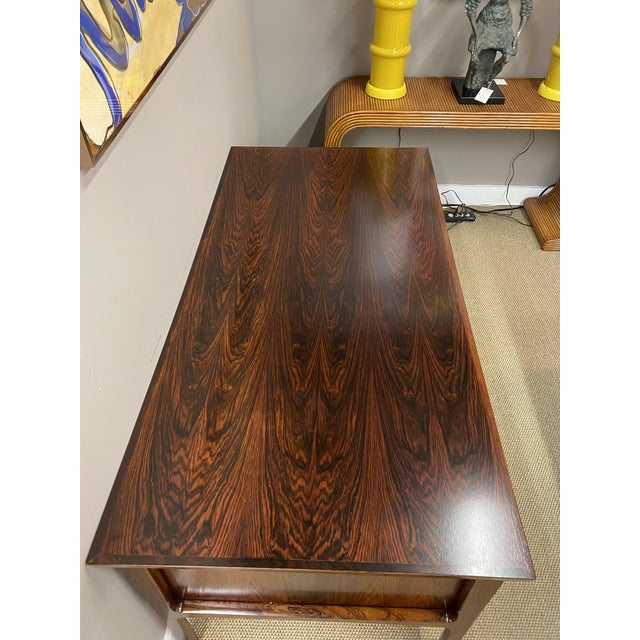 Stunning Vintage Mid Century Modern Rosewood Executive Desk 1960s Brass Hardware Beautiful For Sale - Image 4 of 10