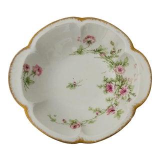 Vintage French Limoges Theodore Haviland Rose Pattern Serving Bowl For Sale
