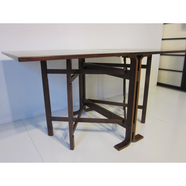 Mid-Century Modern Siguro Ressell Rosewood Gate Leg Dining Table For Sale - Image 3 of 8