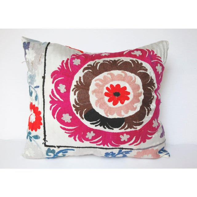1970s Boho Chic Decorative Needlework Throw Sofa Pillow Cover For Sale - Image 12 of 12