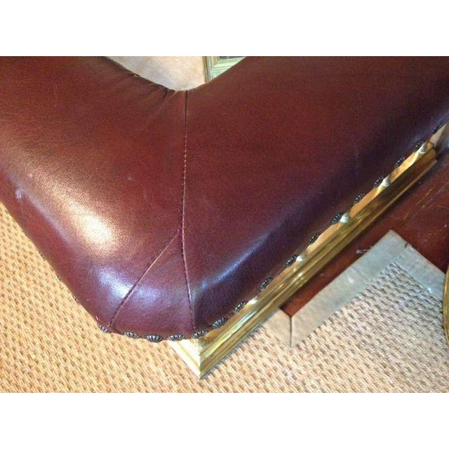 English Club Fender (Leather and Brass) For Sale - Image 4 of 8