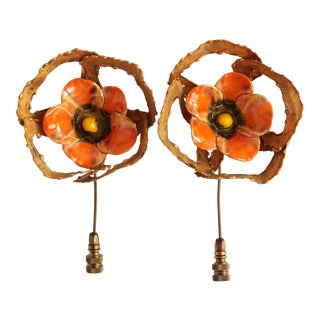 Brutalist Poppy Flower Lamp Finials - a Pair For Sale
