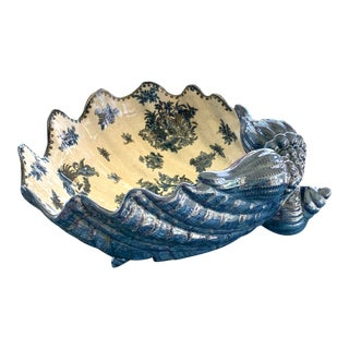 Blue and White Porcelain Shell Basin For Sale