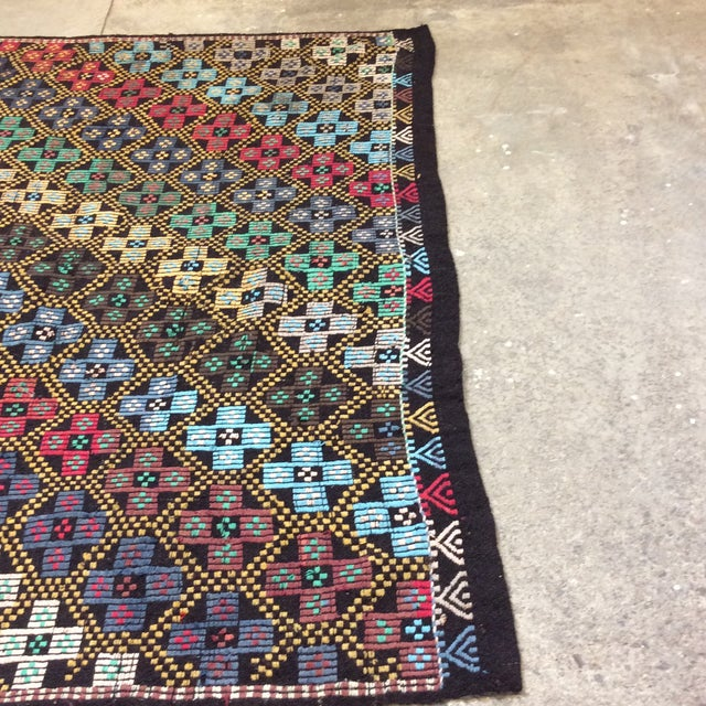 "Textile 1960's Turkish Kilim -6'4""x10'3"" For Sale - Image 7 of 13"