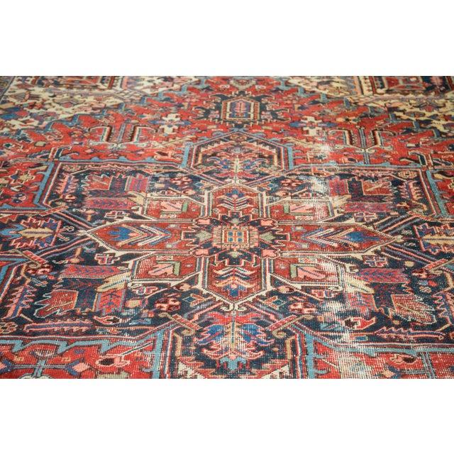 "Vintage Distressed Heriz Carpet - 8'11"" X 11'10"" - Image 3 of 10"