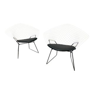 Vintage Mid Century Modern Diamond Chairs by Harry Bertoia for Knoll - a Pair For Sale