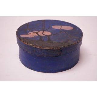 Early 20th Century Americana Pantry Box in Indigo With Tree Motif Preview