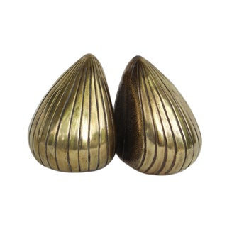 1950s Vintage Ben Seibel Jenfred-Ware Brass Clam Bookends - A Pair For Sale