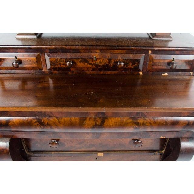 Late 19th Century Antique American Empire Mahogany Vanity Dresser For Sale In Atlanta - Image 6 of 13