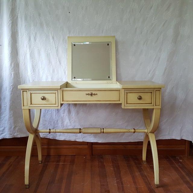 Vintage Kindel French Provincial Vanity & Bench - Image 4 of 10