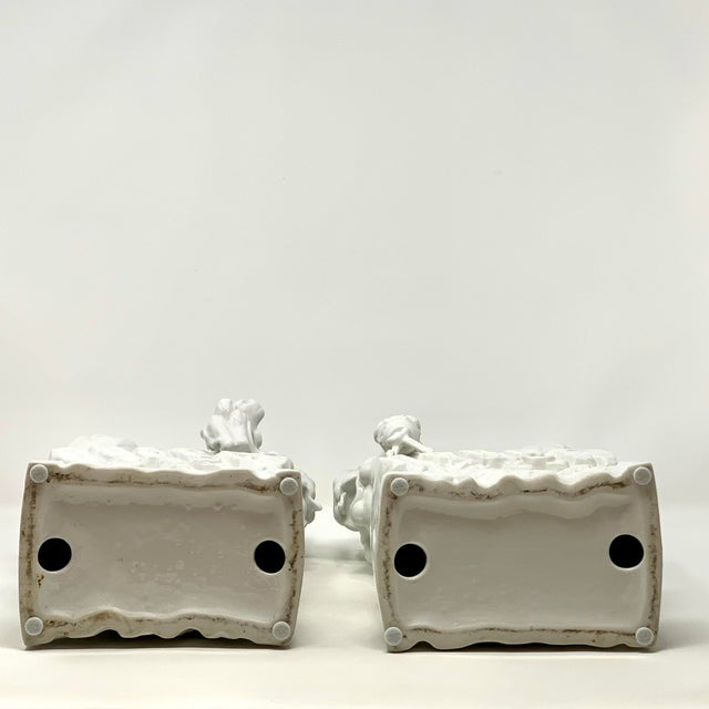 Pair of 1960s Blanc De Chine Italian Porcelain Chinese Foo Dog Statues For Sale - Image 12 of 13