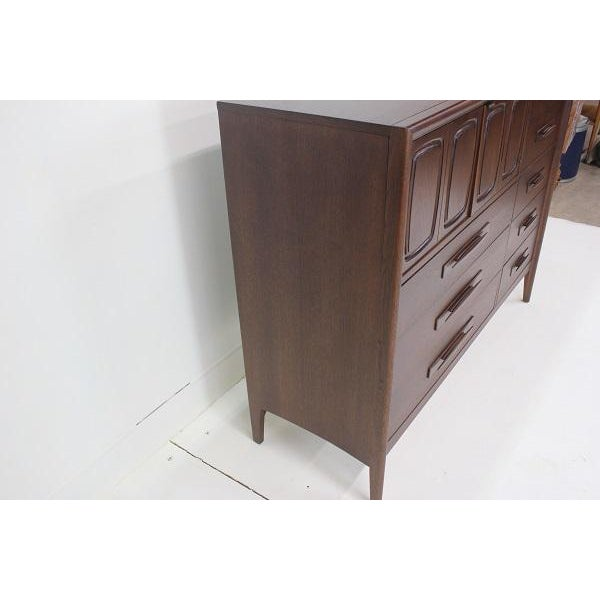 Mid-Century Modern Broyhill Emphasis Magna High Dresser For Sale - Image 3 of 8