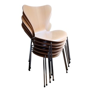 Modern Arne Jacobsen Series 7 Chairs From Fritz Hansen- Set of 6 For Sale