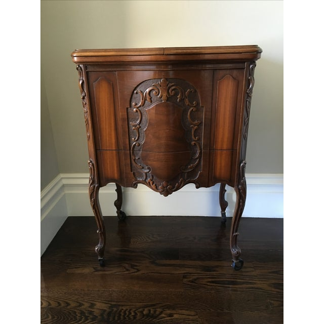 American Art Deco Walnut Bar/Side Cabinet - Image 6 of 6