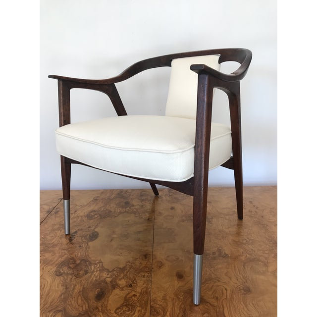 Alabaster 1950s Sculptural Mid-Century Modern Walnut Occasional Armchair Attributed to Gio Ponti Edward Wormley Home Office For Sale - Image 8 of 13