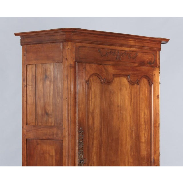 French Louis XV Cherrywood Bonnetiere Armoire, 18th Century - Image 5 of 11