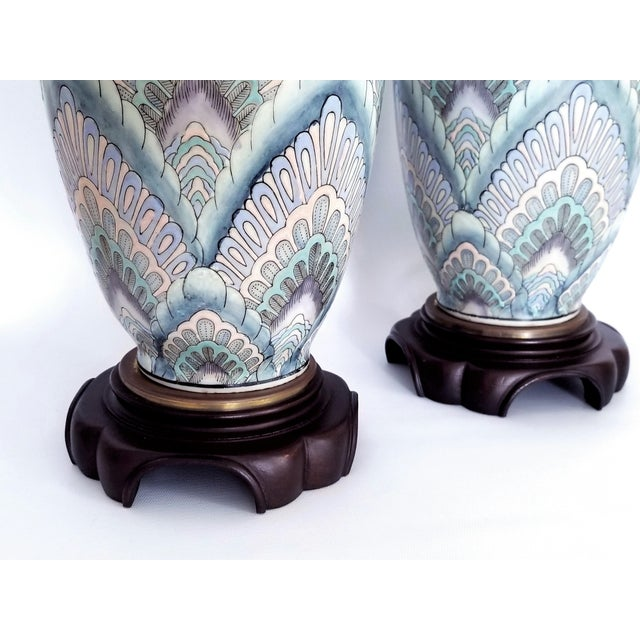 Vintage Peacock Phoenix Bird Feather Ceramic Porcelain Chinese Table Lamps -Pair- Asian Mid Century Modern Boho Chic Tropical Coastal Palm Beach Tree For Sale In Miami - Image 6 of 13