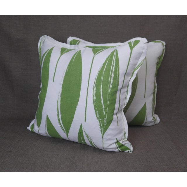 2020s Raoul Textiles Throw Pillows in Variegata Linen Print - a Pair For Sale - Image 5 of 6
