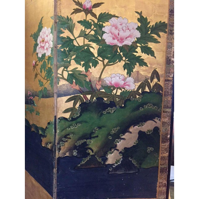 18th Century Antique Japanese Gold Leaf Screen with Blossoms and Birds For Sale In Los Angeles - Image 6 of 10