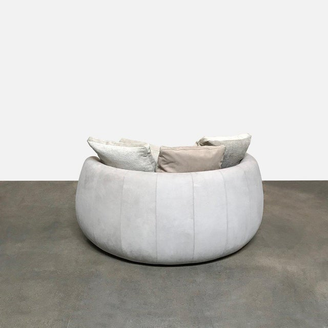 Pleasant Modern Fendi Moony Swivel Sofa Love Seat Alphanode Cool Chair Designs And Ideas Alphanodeonline